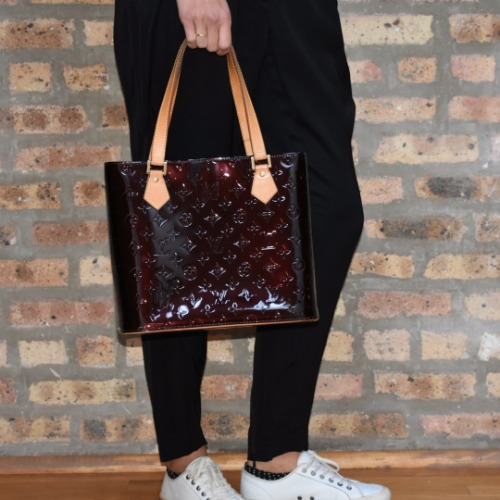 DesignerShare Louis Vuitton Monogram Vernis Houston Tote - Model