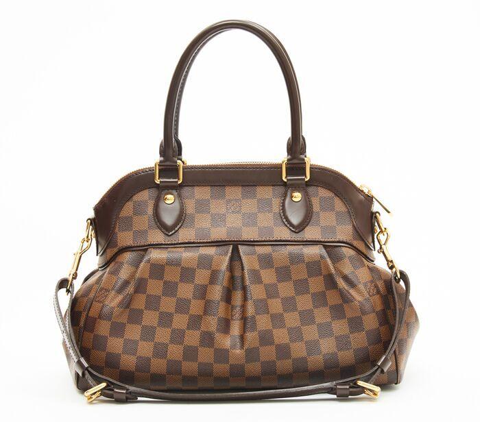 982b11c05c18 DesignerShare Louis Vuitton Damier Canvas Trevi PM Bag - Front