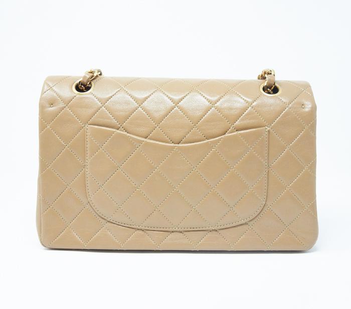 69ffa1c2dd8abf Chanel Beige Classic Medium Flap Bag – DesignerShare