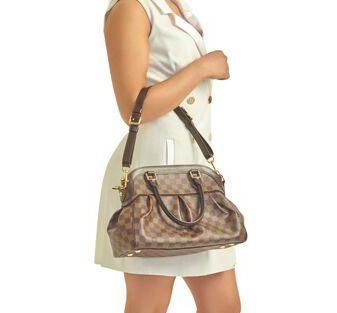 DesignerShare Louis Vuitton Damier Canvas Trevi PM Bag - Model