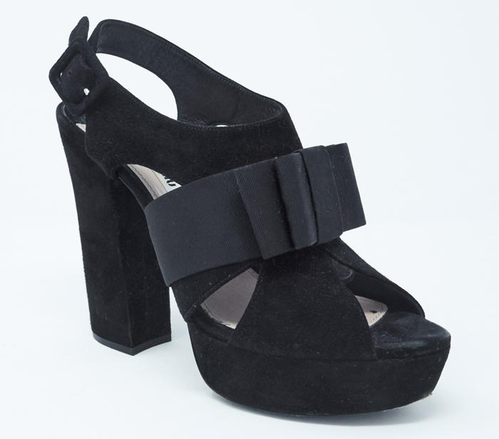 Miu Miu Black Velvet Bow Detail Platform Sandals – DesignerShare 56010a484efb