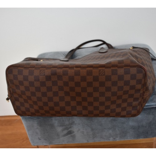 DesignerShare Louis Vuitton Damier Ebene Neverfull MM Tote - Bottom