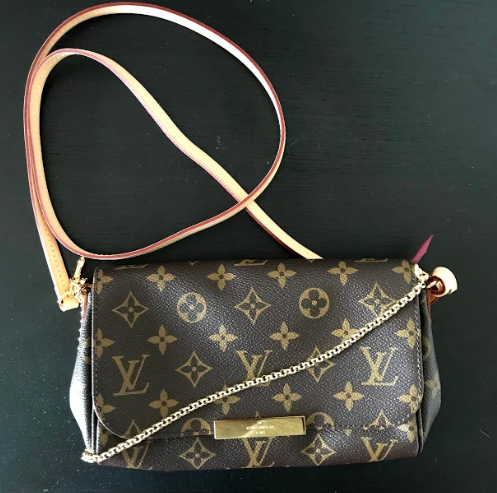 5ef27b601ef1 Louis Vuitton Monogram Favorite PM Crossbody Bag – DesignerShare