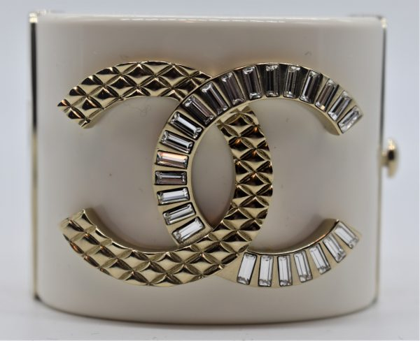 Chanel White Resin Crystal and Gold Quilted Metal Cuff close up