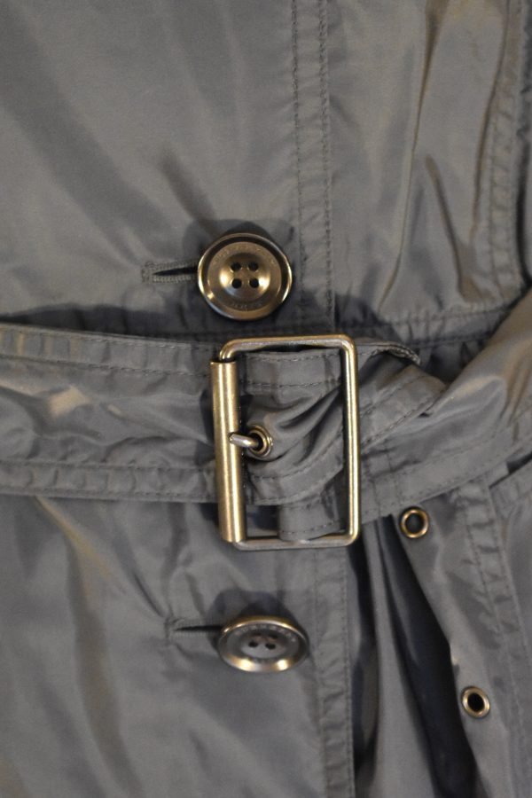 Burberry Brit Double-Breasted Short Trench Coat_Belt
