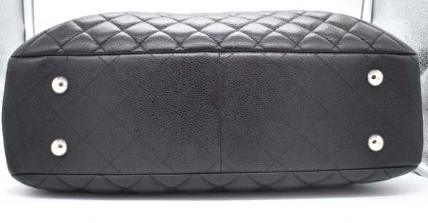Chanel Large Flap Quilted Caviar Shopping Tote_Bottom