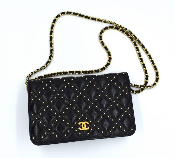 Chanel Gold Stud Wallet On Chain_Flatlay