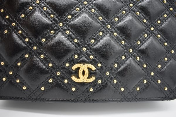 Chanel Gold Stud Wallet On Chain_StudDetail