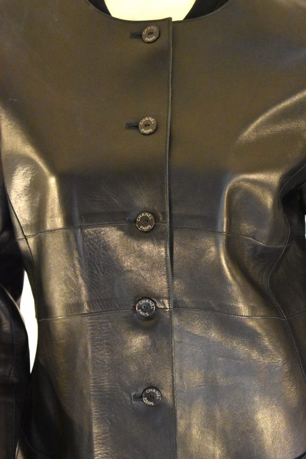 CHANEL Single-Breasted Leather Jacket_FrontDetail