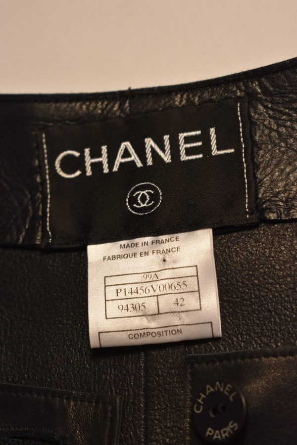 CHANEL Single-Breasted Leather Jacket_Tag