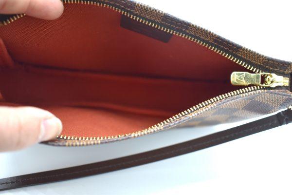 Louis Vuitton Pochette Accessoires Damier Ebene Mini Brown_Interior