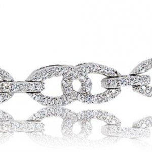 Rogers & Hollands Diamond Interlock 1ctw. Bracelet in 10k White Gold