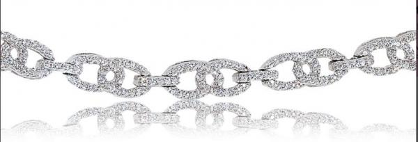 Rogers & Hollands Diamond Interlock 1ctw. Bracelet in 10k White Gold